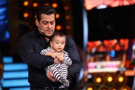 'Bigg Boss 10': Salman Khan's nephew Ahil turns host on the show