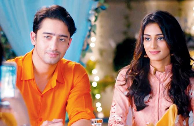 Shaheer Sheikh and Erica Fernandes in Kuch Rang Pyar Ke Aise Bhi