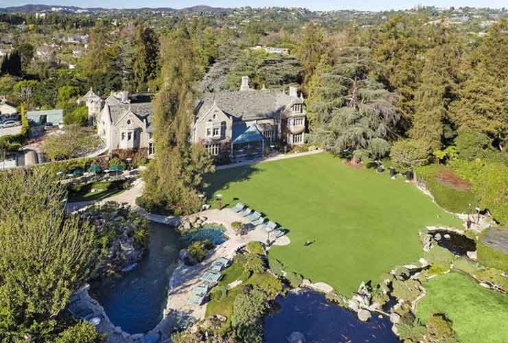 Daren Metropoulos Is The New Owner Of The Playboy Mansion