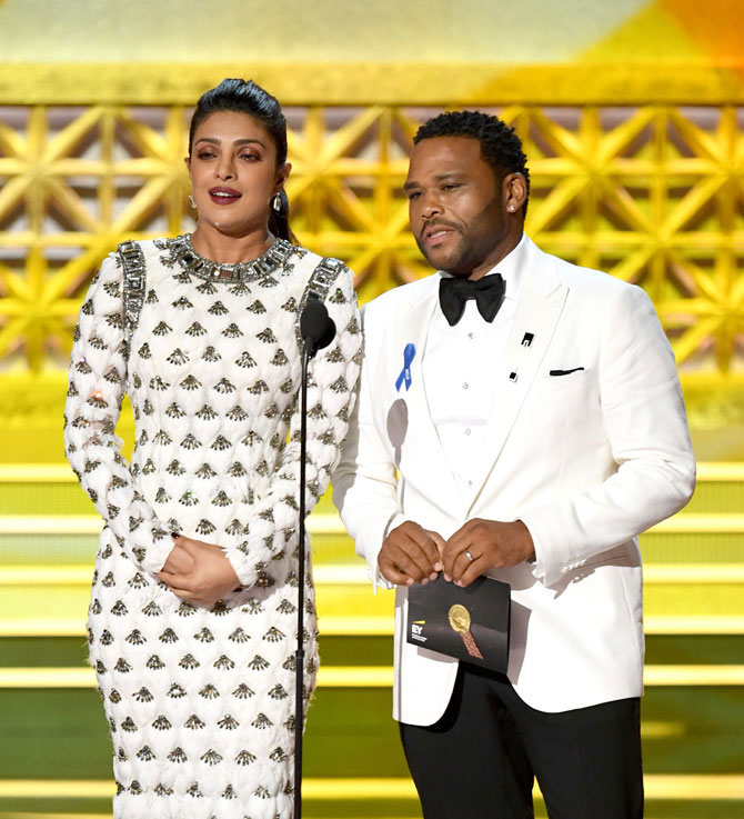 It's Chopra, not 'Chopa'! Priyanka's name misspronounced at Emmys, Twitterati slam announcer
